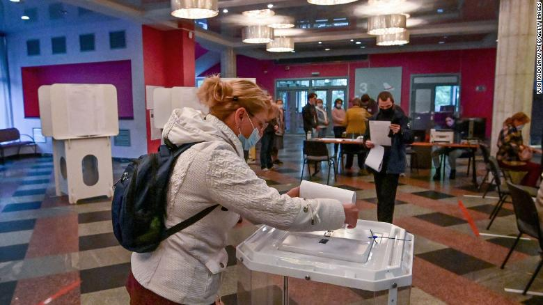 Russia goes to the polls amid crackdown on political dissent