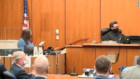 O bilionário Robert Thurst se concentra no documentário da HBO, 'The Jinx', condenado por assassinato em primeira classe