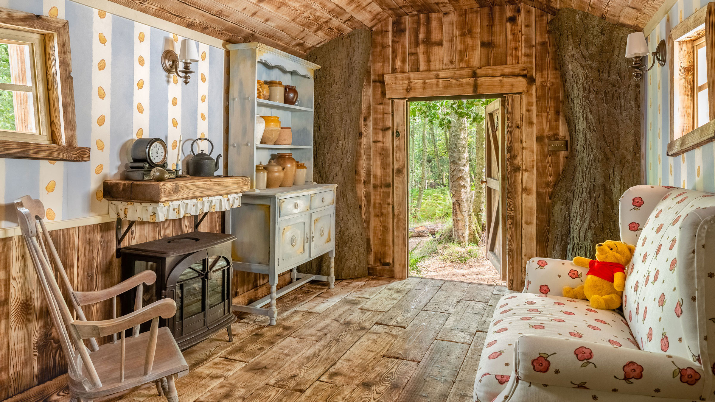 Winnie the Pooh's tree house for rent at this 'Bearbnb'   CNN Travel