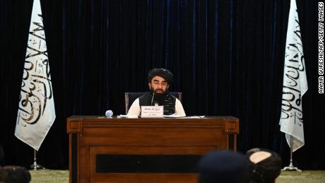 El portavoz de los talibanes, Zabihullah Mujahid, en una conferencia de prensa en Kabul el 7 de septiembre de 2021.