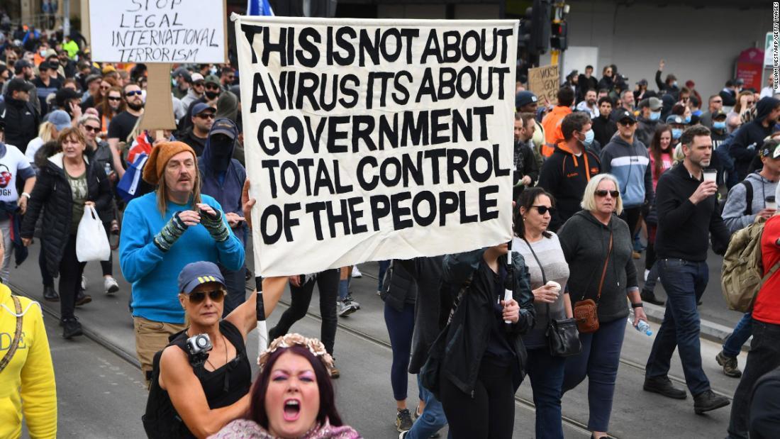 Hundreds of anti-lockdown protesters clash with police in Australia
