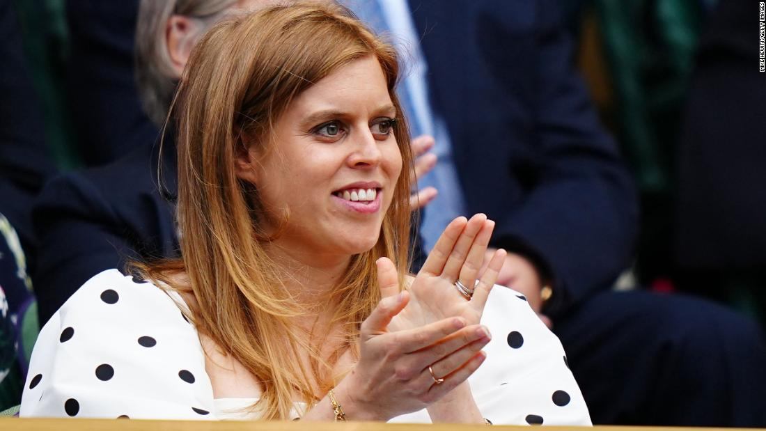 Princess Beatrice, Queen's granddaughter, gives birth to first child