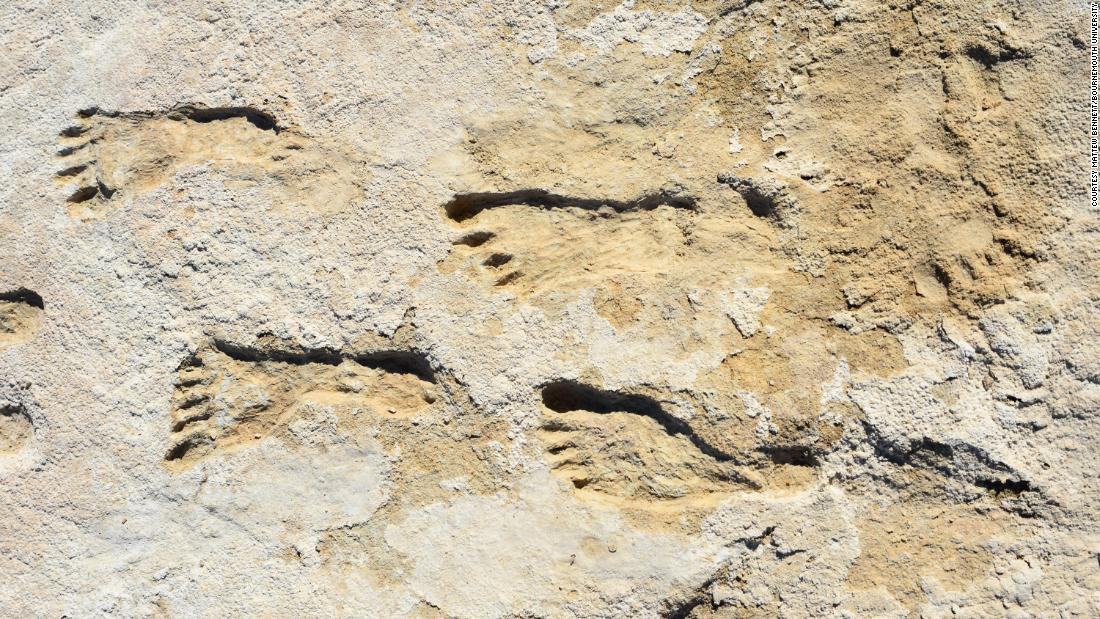 Fossilized footprints show humans made it to North America much earlier than first thought
