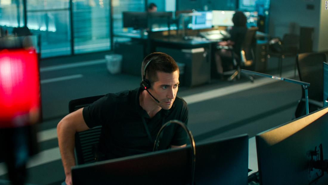 'The Guilty' dials up Jake Gyllenhaal as a 911 operator on a very bad day