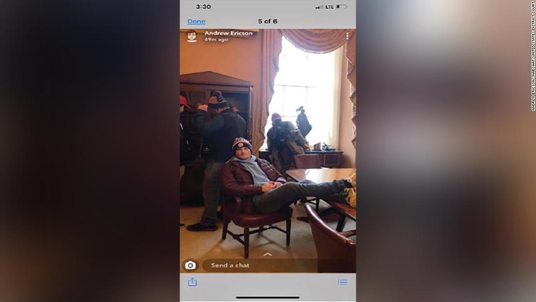 Jan. 6 rioter who took beer from Pelosi's office pleads guilty