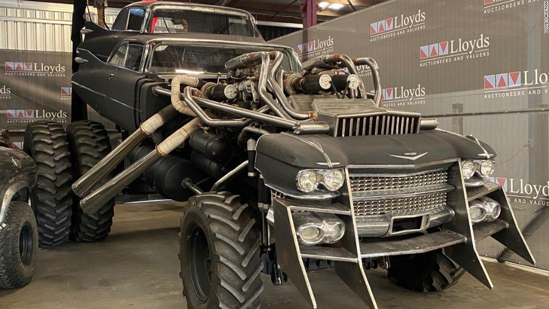 Apocalyptic battle cars from 'Mad Max: Fury Road' up for auction