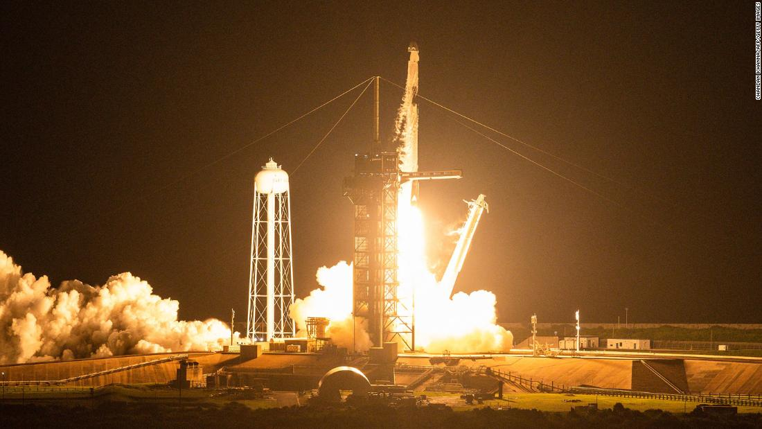 An alarm went off on SpaceX's all-tourist space flight. The problem was the toilet