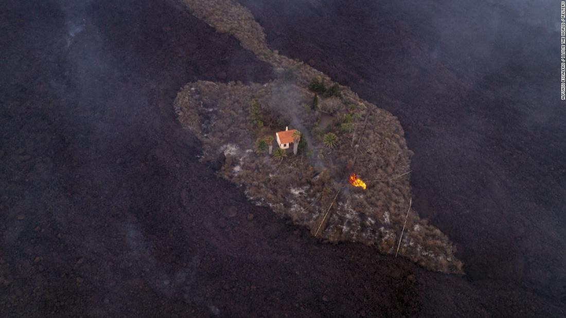 See the 'miracle house' that escaped a volcano's lava path