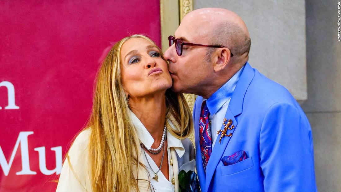 Sarah Jessica Parker calls loss of 'Sex And The City' co-Star Willie Garson 'unbearable'