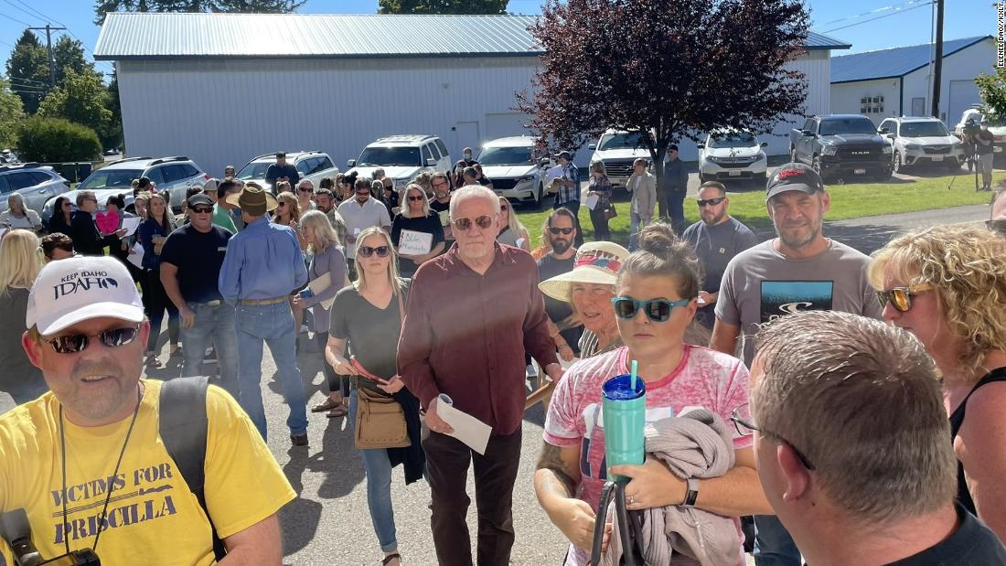 School board meeting canceled as crowd protests mask mandate