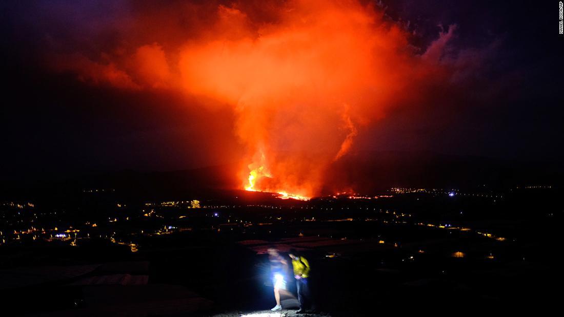 Spanish volcano eruption intensifies and suspends flights