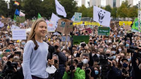 İklim aktivisti Greta Tunberg, Nobel Barış Ödülü için yarışıyor olabilir.