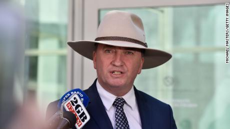 Chính sách khí hậu ở Úc đang được thực thi bởi một cựu kế toán viên đội mũ cao bồi