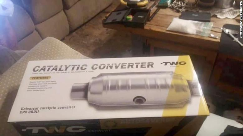 Man selling catalytic converter online left a bag of meth on coffee table in the picture's background, sheriff's office says