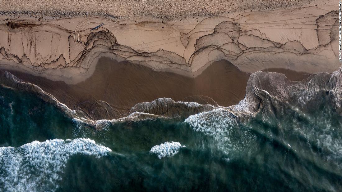 Orange County beaches closed after oil spill off California coast destroys wildlife habitat – CNN