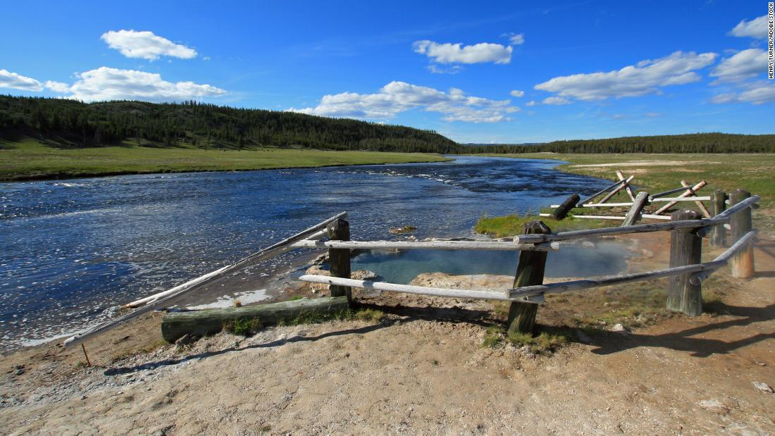 Woman suffers significant burns while trying to save her dog from a hot spring at Yellowstone