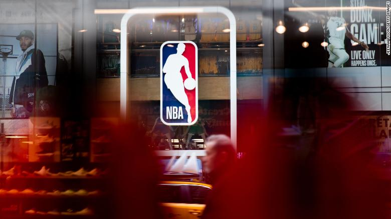 18 former NBA players indicted for allegedly trying to defraud league's health care plan out of millions