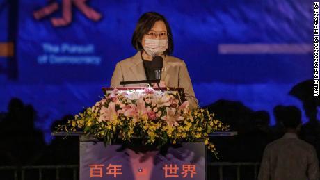 总统称台湾不寻求军事对抗,但将捍卫其自由
