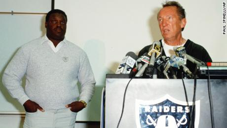 Art Shell is announced as the Oakland Raiders' new head coach at a NFL press conference led by Raiders owner Al Davis on October 3, 1989.