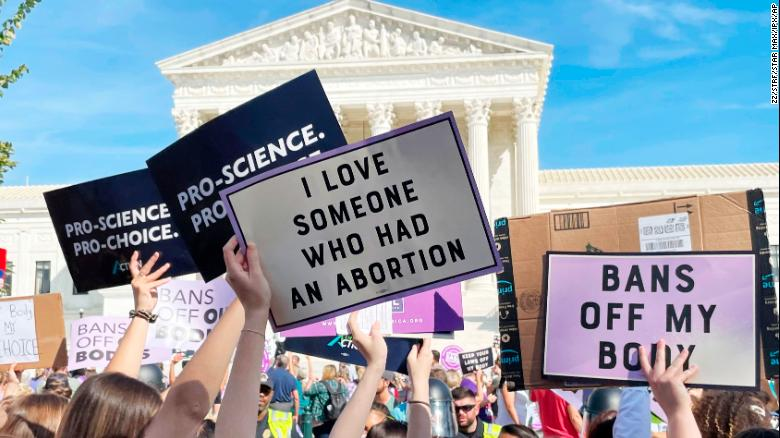 Justice Department asks Supreme Court to block Texas' 6-week abortion ban