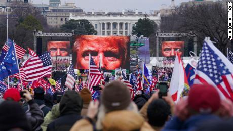 Trump sabotages himself