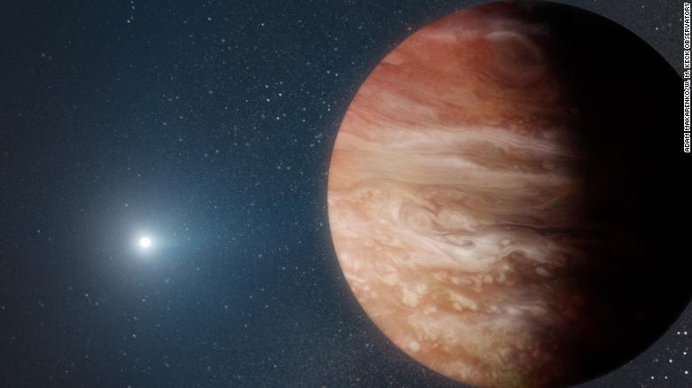 This illustration shows a Jupiter-like planet orbiting a dead white dwarf star.