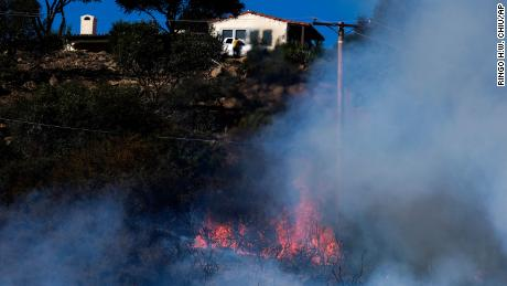 California's Alisal Fire threatens power outages, triggers evacuations and raises concerns over Ronald Reagan's Rancho del Cielo