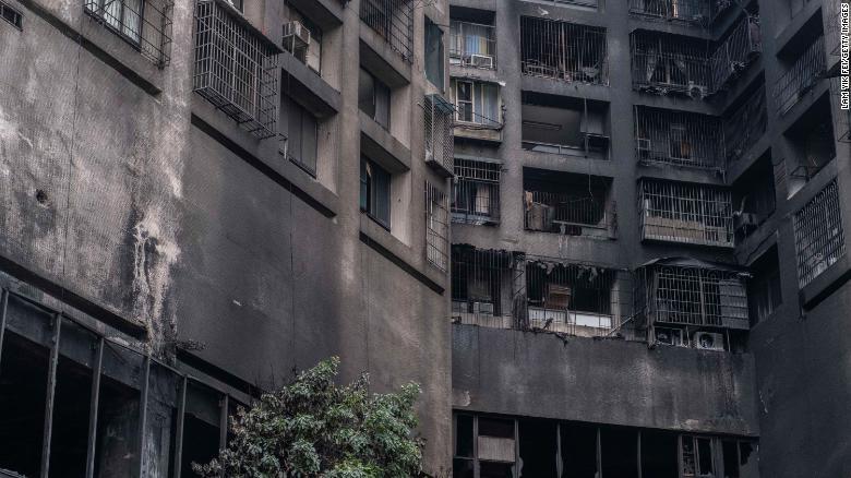 தாய்வானில் 13 மாடி குடியிருப்பு கட்டட தீயில் 46 பேர் பலி-Taiwan Building Fire-46 Killed