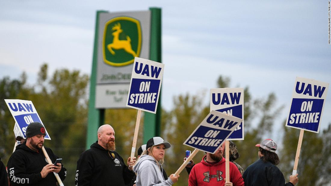 Labor flexes its muscle as leverage tips from employers to workers