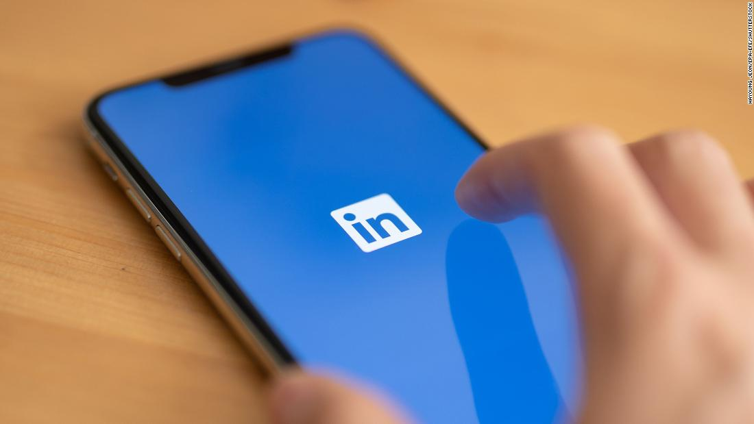 LinkedIn is shutting down its China platform because of a 'challenging operating environment'