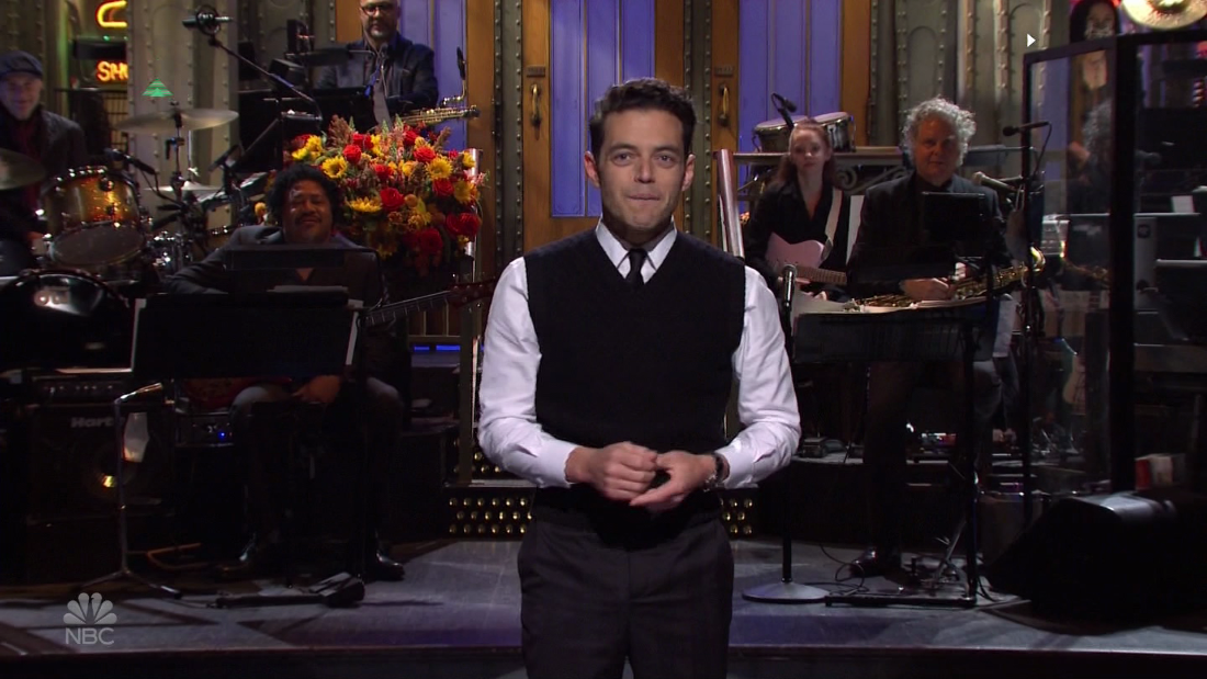 Video: Rami Malek thanks his family in 'SNL' monologue