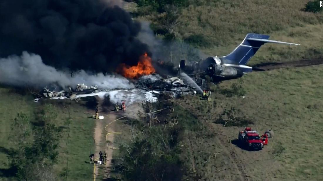 All passengers safely escape after plane crashes outside Houston