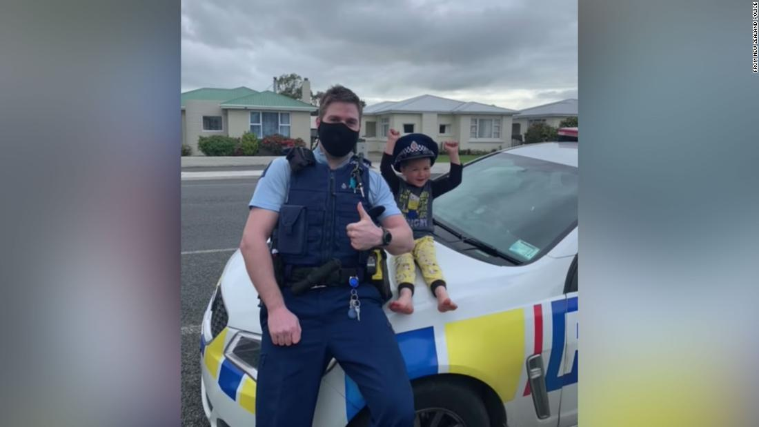 New Zealand police respond to 4-year-old's adorable emergency call