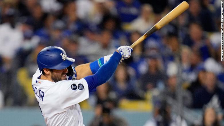 Chris Taylor's three home runs keep Los Angeles Dodgers alive against Atlanta Braves