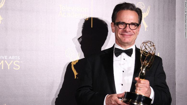 Peter Scolari, 'Bosom Buddies' and 'Newhart' star, has died