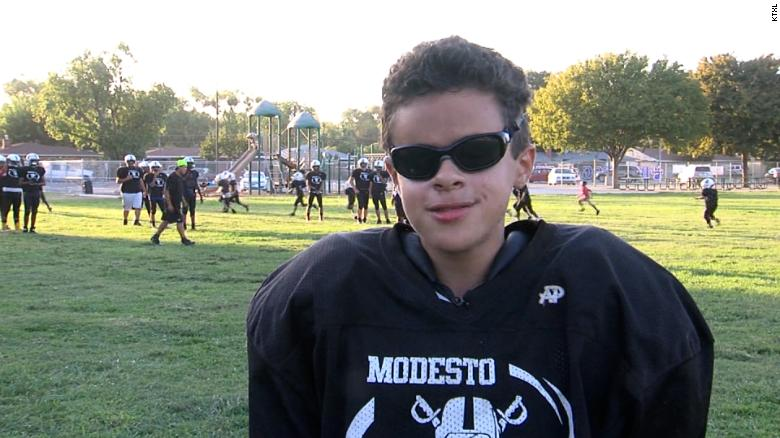 Meet the 15-year-old blind quarterback hoping to reach the NFL