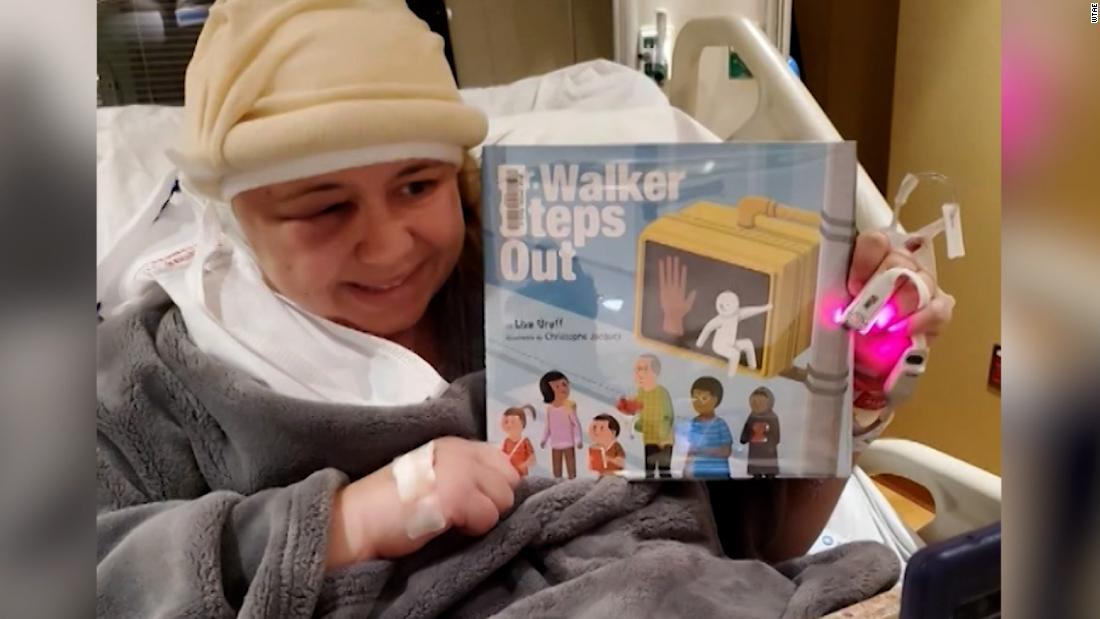 Teacher reads to students online day after brain surgery