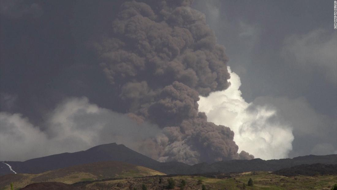 Italy's Mount Etna spews ash and smoke