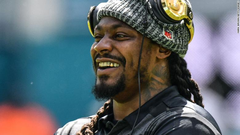 Hennessy shots, expletives and trolling: Marshawn Lynch stars on 'Manningcast' coverage of NFL game