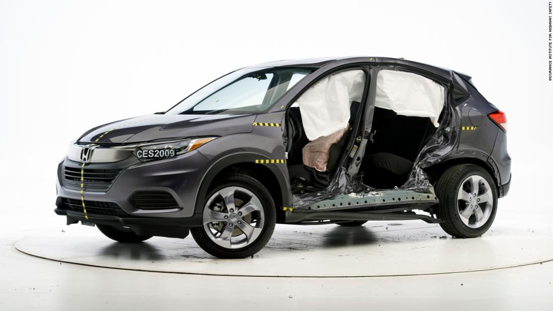 Small SUVs struggle in new crash test