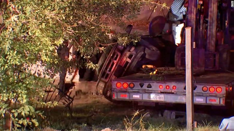 Texas woman killed after a stolen big rig crashes into a mobile home