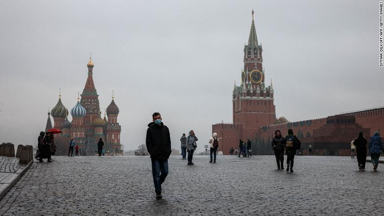 Moscow launches fresh restrictions as Covid-19 deaths hit record high in Russia