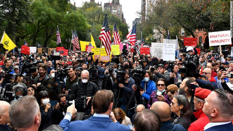 New York Fire Department members protest ahead of Covid-19 vaccine mandate deadline
